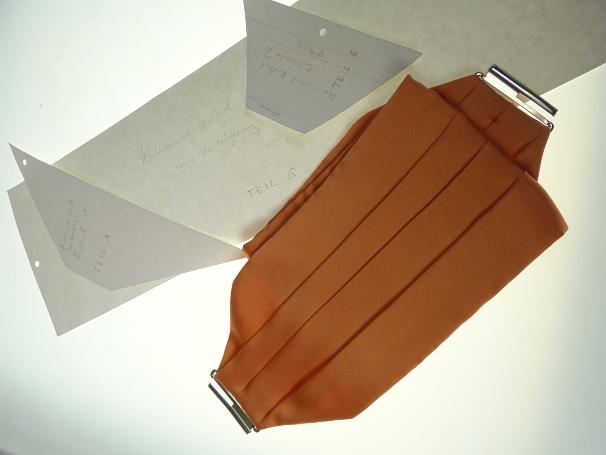 Schnittmuster: Krawatten, Fliegen, Plastron und Kummerbund selber Nähen